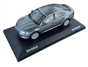 Model Superb III 1:43 Business Grey