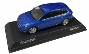 Model Scala 1:43 Race Blue